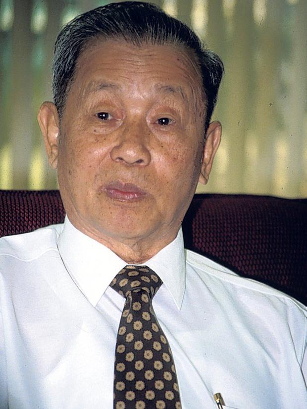 Gia tộc Red Bull: Ông nội từ tay trắng thành tỷ phú Thái Lan, cháu đích tôn sống xa xỉ, lái xe gây tai nạn chết người vẫn chưa đền tội - Ảnh 1.