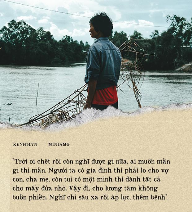 Bà Sáu Thia, người 17 năm dạy bơi miễn phí cho hàng ngàn trẻ em vùng sông nước - Ảnh 10.