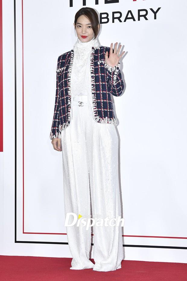 Choáng với sự kiện toàn sao hạng A: 2 nữ thần Kpop bị bạn gái Kim Woo Bin đè bẹp, Lee Dong Wook thế này ai đọ được? - Ảnh 2.