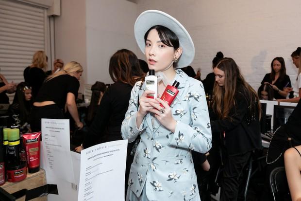 Để tóc ngắn quá cool, mẫu lookbook Việt bỗng được báo Hàn réo tên vì giống cả J-Hope lẫn Jungkook - Ảnh 3.