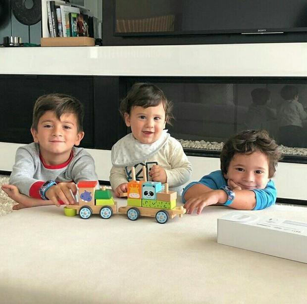 Khám phá cách dạy con của Ronaldo và Messi: Người khổ luyện con thành ngôi sao, kẻ lại cho con sống theo bản năng - Ảnh 6.