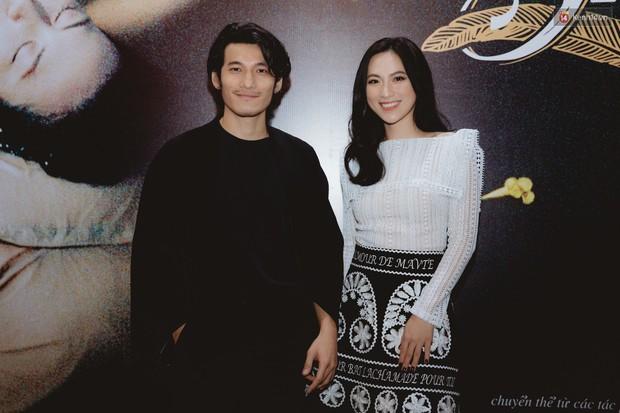 Bé Bỉnh hí hửng sánh đôi Phương Anh Đào, còn Hà Anh Tuấn vội ký tặng fan rồi mất hút giữa buổi ra mắt Truyện Ngắn - Ảnh 3.