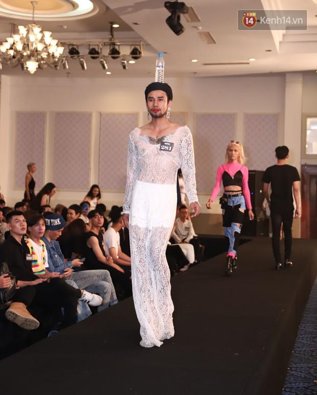 Chàng trai mặc váy đại náo Vietnams Next Top Model: Giả gái nhưng không cạo râu vì tôi thích thế - Ảnh 11.