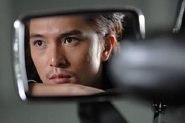 8 phim kinh điển của Khưu Trạch - người đang u mê Trương Quân Ninh: Hoá ra từng là màu tím ở Dear Ex? - Ảnh 4.