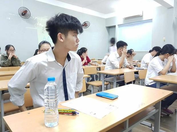Sau năm 2020 học sinh sẽ thi THPT quốc gia trên máy tính - Ảnh 1.