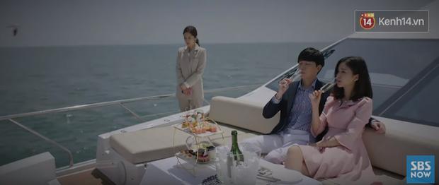 """Nhân viên Jang Nara nuốt cục tức quỳ xuống xin lỗi khách hàng dòng thẻ """"mẹ thiên hạ"""" ở phim mới VIP! - Ảnh 8."""