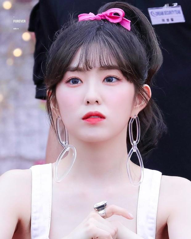 Đi qua những màu tóc chói chang mới thấy Irene (Red Velvet) để tóc đen là xuất thần nhất - Ảnh 4.