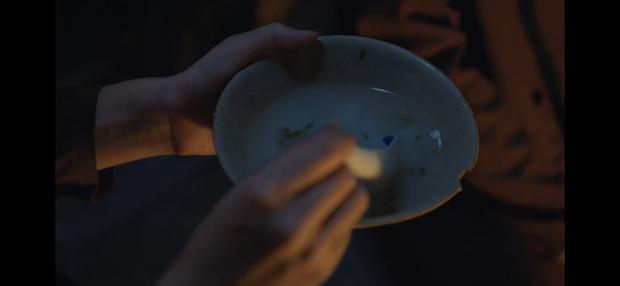 Làm MV dựa trên Chí Phèo, Đức Phúc tung teaser drama xịn như phim điện ảnh, vào hẳn vai phản diện cạnh ông trùm Người Phán Xử - Ảnh 4.