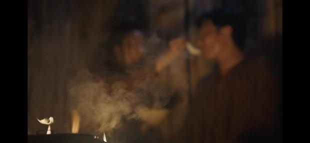 Làm MV dựa trên Chí Phèo, Đức Phúc tung teaser drama xịn như phim điện ảnh, vào hẳn vai phản diện cạnh ông trùm Người Phán Xử - Ảnh 3.