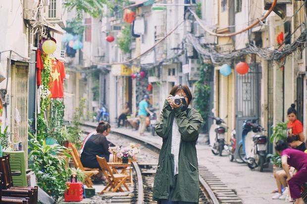 """Có gan mới dám ghé 3 con phố đường tàu nổi tiếng khắp châu Á: Xóm Phùng Hưng ở Hà Nội là """"đáng sợ"""" nhất! - Ảnh 3."""