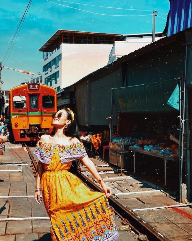 """Có gan mới dám ghé 3 con phố đường tàu nổi tiếng khắp châu Á: Xóm Phùng Hưng ở Hà Nội là """"đáng sợ"""" nhất! - Ảnh 20."""