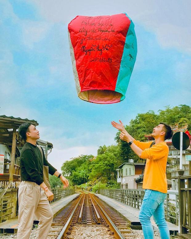 """Có gan mới dám ghé 3 con phố đường tàu nổi tiếng khắp châu Á: Xóm Phùng Hưng ở Hà Nội là """"đáng sợ"""" nhất! - Ảnh 23."""