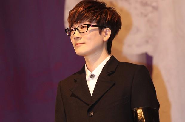 4 nhân vật quyền lực nhất Kpop trong 50 năm qua: 1 nhóm nhạc Kpop duy nhất lọt top, vượt mặt cả ông lớn SM - Ảnh 4.