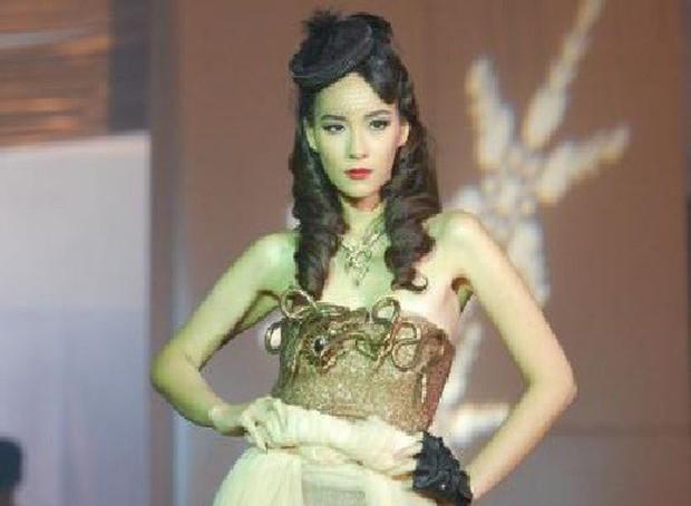 Cẩm nang catwalk của nữ thần phim Thái: Xuất thần thế này thí sinh Next Top Model cũng phải chào thua! - Ảnh 10.