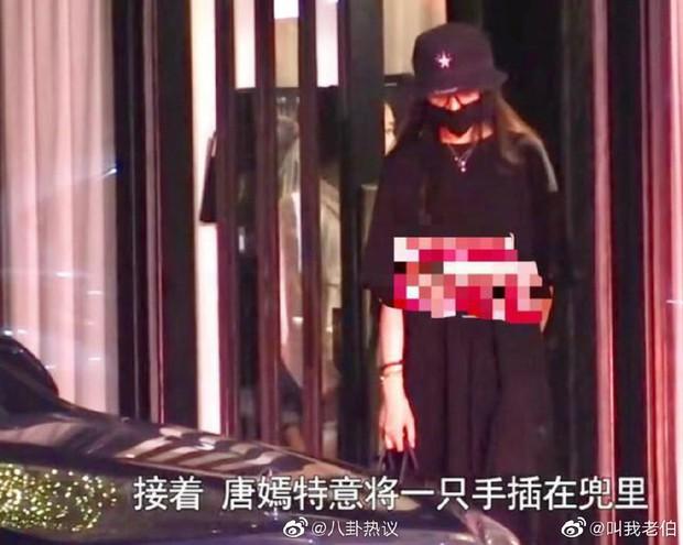 Nhìn La Tấn không cho Đường Yên tự mở cửa xe, cưng bà xã như trứng mỏng mới thấy đây là couple ngọt nhất Cbiz hiện tại - Ảnh 1.