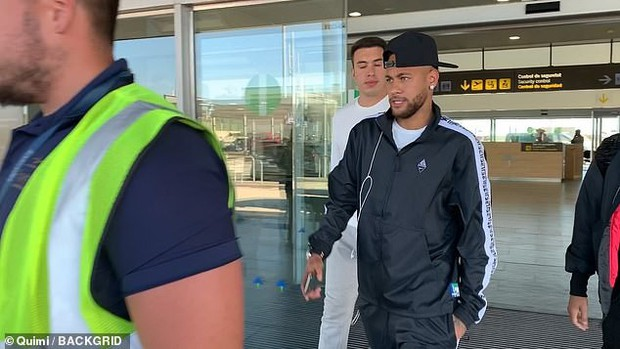 Neymar vội trở lại Barcelona nhưng với lý do khiến các culé phải lắc đầu ngao ngán - Ảnh 1.