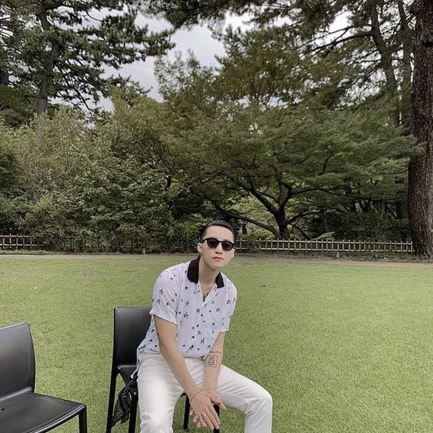 Cứ đà này Sơn Tùng M-TP lại sắp thành travel blogger rồi đấy: Đi Nhật check-in toàn nơi xịn sò, chụp bừa ở đâu cũng đẹp xuất sắc - Ảnh 5.