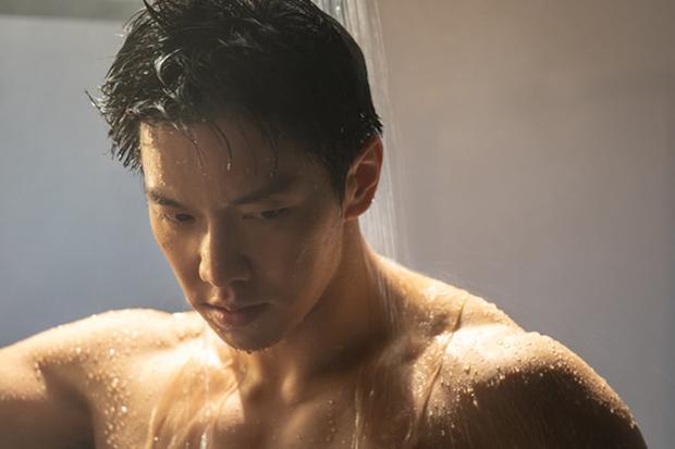 """Mướt mắt với dàn nam thần hành động xứ Hàn: Lee Min Ho đẹp """"như sương như hoa"""", Lee Seung Gi cuồn cuộn cơ bắp """"điếng người"""" - Ảnh 16."""