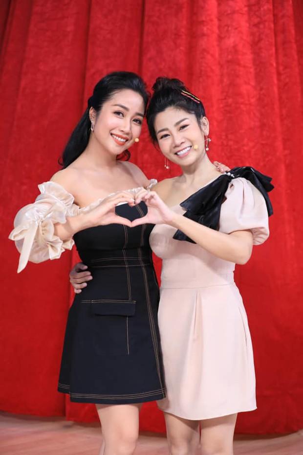 Mai Phương khoe vai trần gợi cảm, thần sắc tươi tắn thấy rõ bên Ốc Thanh Vân sau thời gian bị ung thư di căn tim - Ảnh 1.