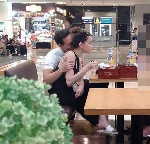 Phát sốt cách thể hiện tình cảm của sao Việt: Vô tư ôm hôn nơi công cộng, cứ gặp là không rời, chăm kỹ đến phát hờn - Ảnh 2.