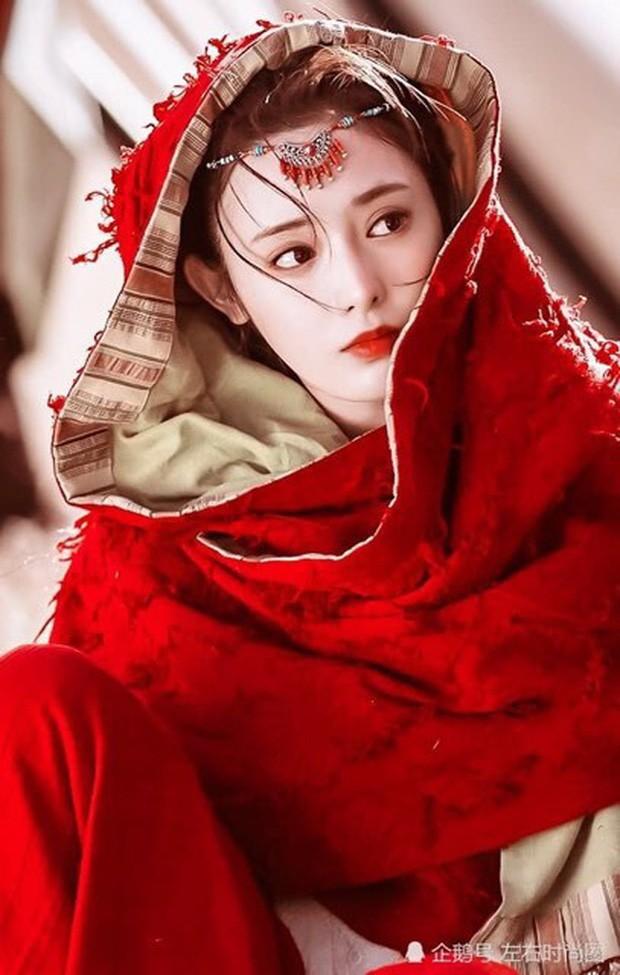 1001 cách ăn của sao trên màn ảnh Hoa ngữ: Bành Tiểu Nhiễm đẹp ngút ngàn, Ngô Cẩn Ngôn nuốt màn thầu như ma đói - Ảnh 15.