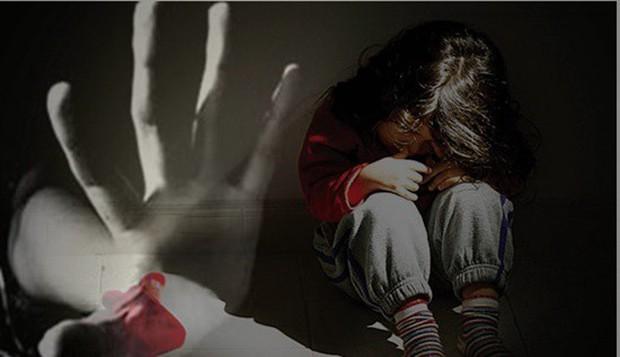 Thiếu niên 16 tuổi hiếp dâm 2 em gái cùng cha khác mẹ - Ảnh 1.