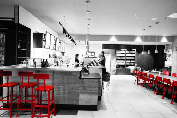 9 chiêu trò tâm lý Starbucks áp dụng để thao túng, buộc khách hàng chi nhiều tiền hơn mà chẳng mảy may suy nghĩ - Ảnh 3.