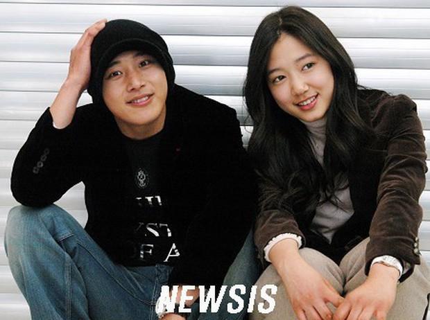 Mỹ nam Nấc Thang Lên Thiên Đường Lee Wan: Có chị gái trứ danh Châu Á Kim Tae Hee, 2 lần yêu Park Shin Hye - Ảnh 9.