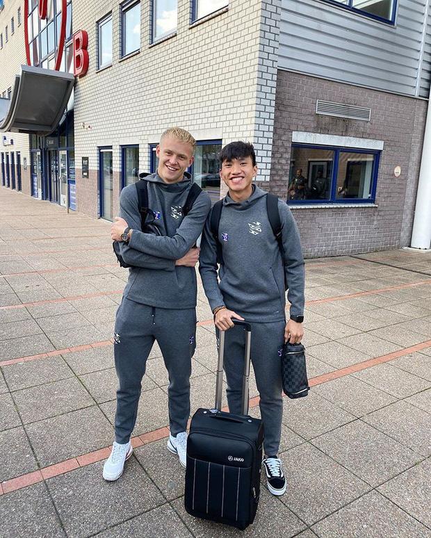 HLV trưởng SC Heerenveen gián tiếp khẳng định Văn Hậu sẽ ngồi dự bị trong trận đấu diễn ra vào tối nay (28/09) - Ảnh 1.