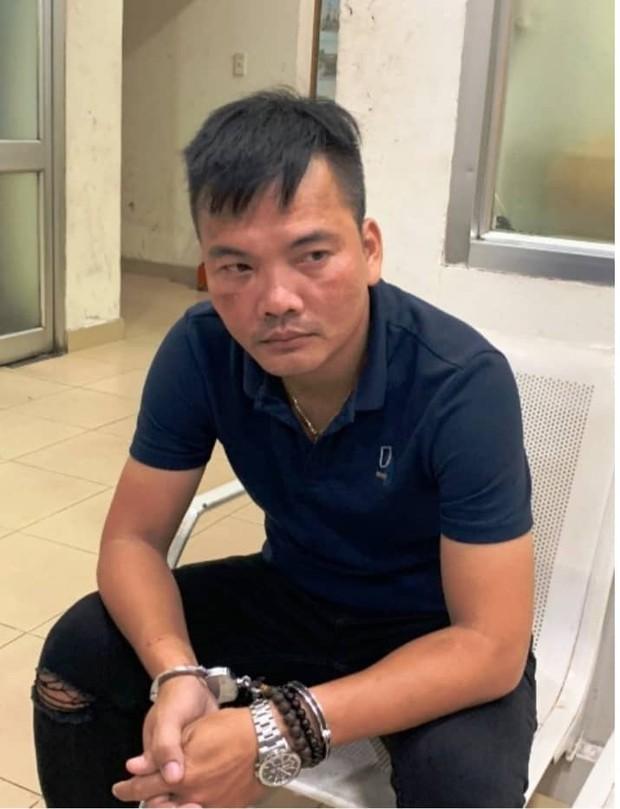 """Giám đốc công ty du lịch """"rởm"""" ở Sài Gòn chiếm đoạn hơn chục tỉ đồng của khách - Ảnh 1."""