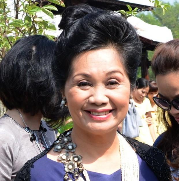 MC Thanh Bạch tiết lộ lý do ly hôn, NS Xuân Hương lập tức phản pháo: Sống với anh, tôi là một ô sin chuyên nghiệp - Ảnh 2.