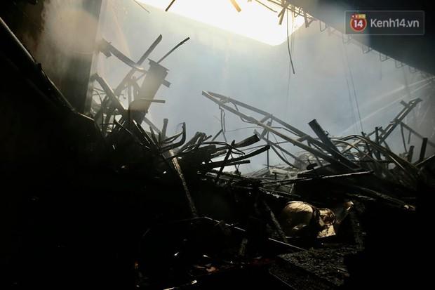 Sân khấu bị cháy dữ dội trước thềm liveshow, anh trai Quang Hà lên tiếng trấn an người hâm mộ - Ảnh 3.