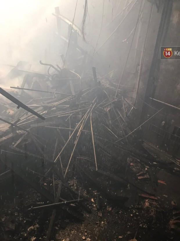 Sân khấu bị cháy dữ dội trước thềm liveshow, anh trai Quang Hà lên tiếng trấn an người hâm mộ - Ảnh 2.