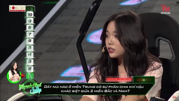 Hot streamer Linh Ngọc Đàm muối mặt vì 2 lần sai kiến thức cơ bản trên truyền hình: Không biết thể thơ thất ngôn tứ tuyệt, không tính được 7x8 bằng bao nhiêu - Ảnh 4.