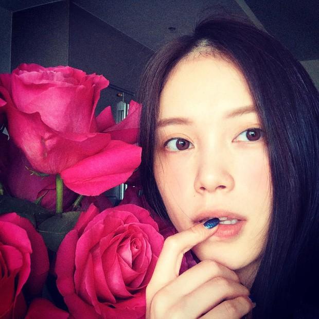 Huỳnh Phương tặng túi hiệu trăm triệu hay Phillip Nguyễn chỉ cần 1 bó hoa để làm người yêu vui lòng: Ai cũng chuẩn 100 điểm tinh tế - Ảnh 5.