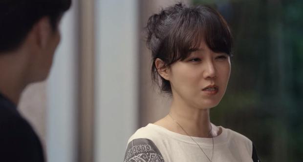 Gong Hyo Jin năm nay đã 39 tuổi mà vẫn cân được tuốt những bộ cánh xì tin hết cỡ trong phim mới - Ảnh 20.