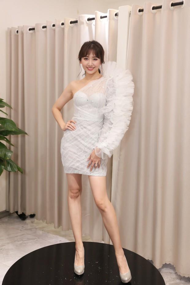 Càng ngày Hari Won càng chăm mặc hở, nghe xong lý do ai cũng thấy ngọt đến lịm tim - Ảnh 5.