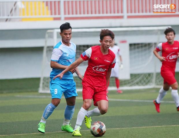 Minh Vương, Ngọc Quang đốn tim fan nữ Sài thành bằng những pha bóng đẳng cấp sân phủi - Ảnh 10.