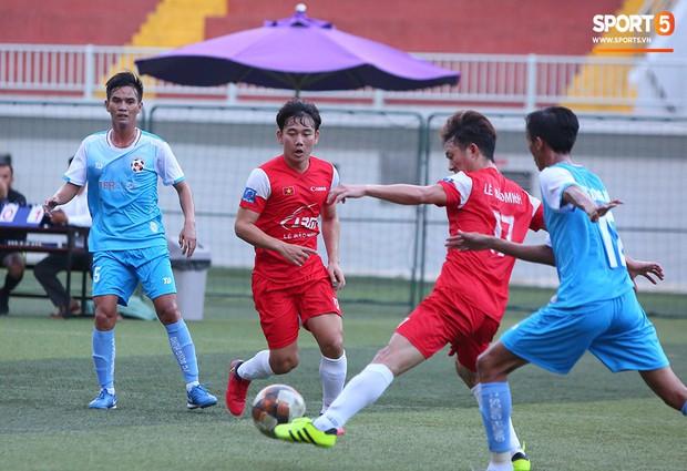 Minh Vương, Ngọc Quang đốn tim fan nữ Sài thành bằng những pha bóng đẳng cấp sân phủi - Ảnh 11.