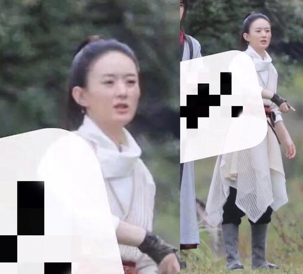 Triệu Lệ Dĩnh và đàn em kém 6 tuổi chung 1 khung hình: Bà xã Phùng Thiệu Phong thua chỉ vì 1 lý do bất ngờ - Ảnh 2.