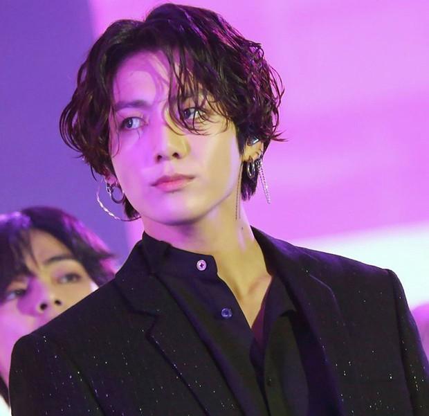 Tranh cãi BXH 30 idol hot nhất hiện nay: J-Hope (BTS) vừa lập kỷ lục đã xếp cuối, EXO, BLACKPINK mất hút trong top đầu - Ảnh 5.