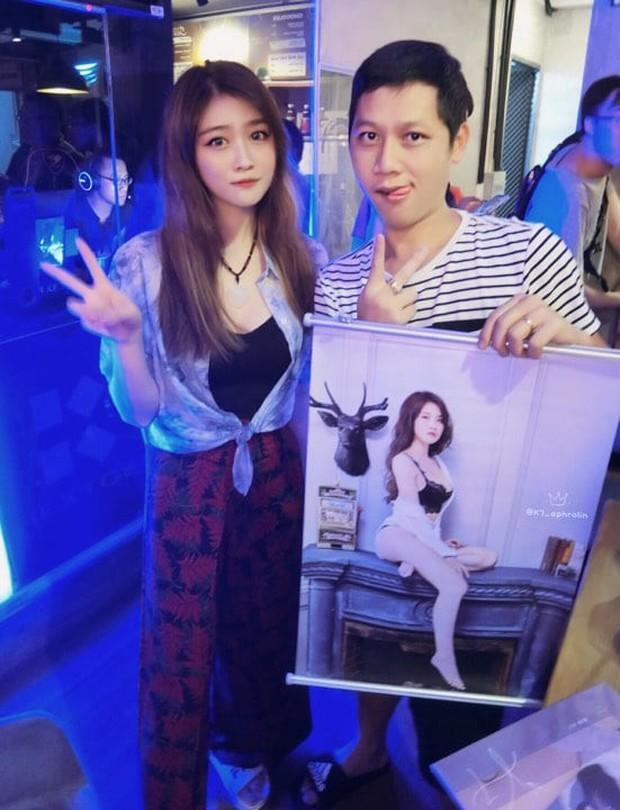 Hot như Thầy Ba, hết được Ngọc Trinh khen lại đến lượt nữ streamer xinh đẹp từ Đài Loan lặn lội sang thăm - Ảnh 5.