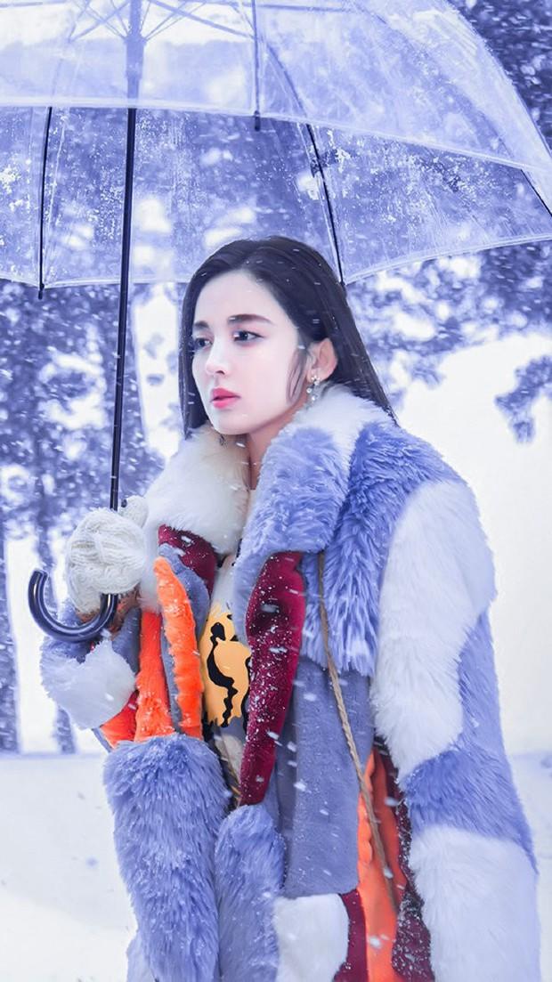 4 kiểu nữ chính phim ngôn tình Hoa ngữ: Dương Tử chưa chắc đã ngây thơ bằng đàn chị Cổ Lực Na Trát - Ảnh 8.
