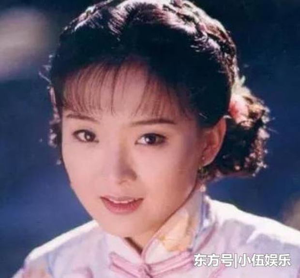 Nhan sắc 29 minh tinh đình đám năm 18 tuổi: Angela Baby - Dương Mịch chạy dài trước Lê Tư - Trương Bá Chi - Ảnh 17.