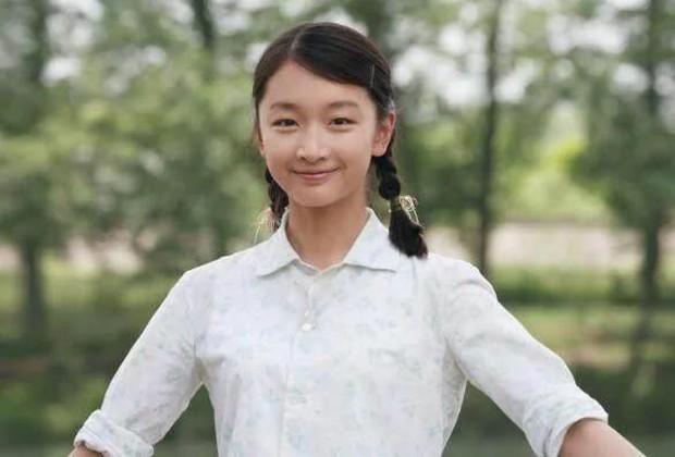 Nhan sắc 29 minh tinh đình đám năm 18 tuổi: Angela Baby - Dương Mịch chạy dài trước Lê Tư - Trương Bá Chi - Ảnh 20.
