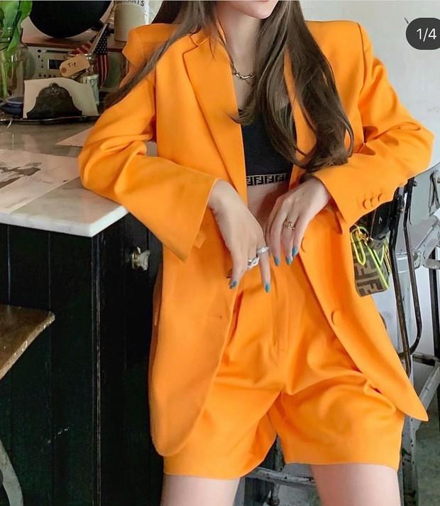 Để diện blazer sexy mà không bị dừ, các nàng nên sắm ngay crop top hoặc áo lót thật xịn - Ảnh 7.
