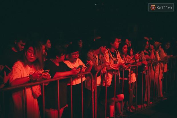 Cá Hồi Hoang kết thúc Fx Tour tại TP.HCM: quá nhiều cảm xúc và năng lượng! - Ảnh 2.