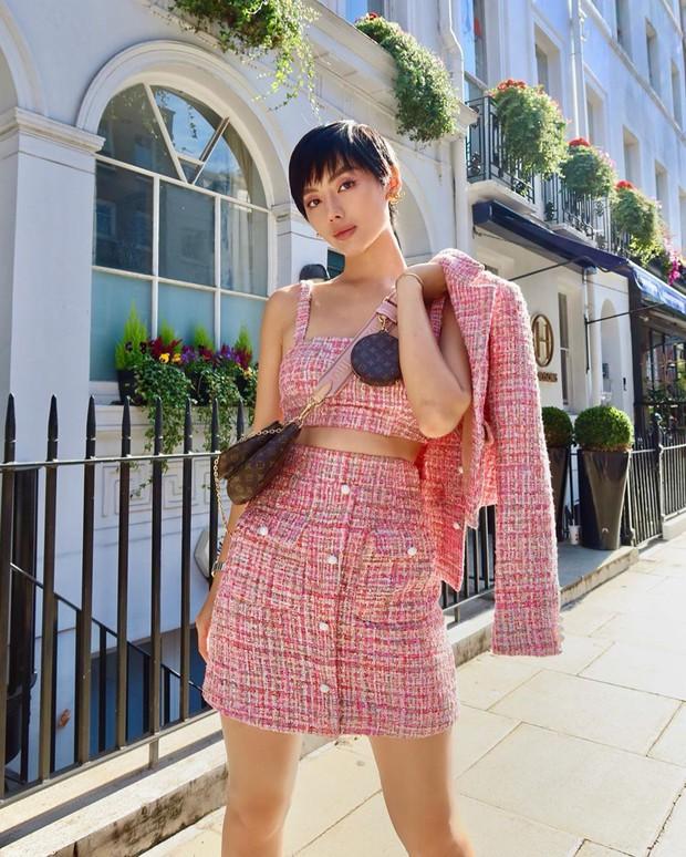 Hội tranh thủ Paris Fashion Week để… đi du lịch: Kỳ Duyên - Tiên Nguyễn ăn uống thả ga, Khánh Linh mang 8 cái vali quần áo để chụp hình - Ảnh 15.