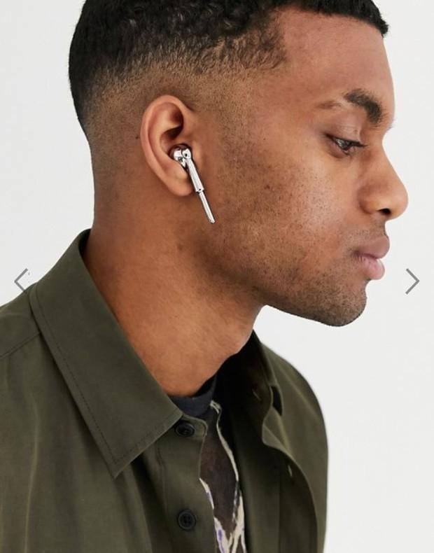 Trông cũng xịn xò, giá tận nửa triệu nhưng cặp tai nghe này chỉ để làm màu theo đúng nghĩa đen - Ảnh 1.