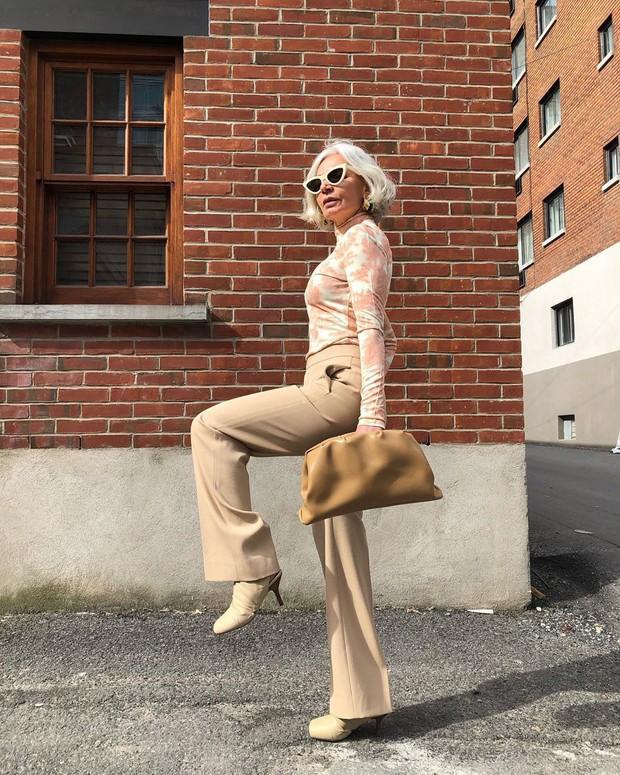 Cụ bà 54 tuổi gợi ý 4 xu hướng giúp bạn lên hạng phong cách ngay lập tức - Ảnh 2.